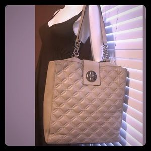 ⭐️HP⭐️Kate Spade Astor Court Marlene Purse
